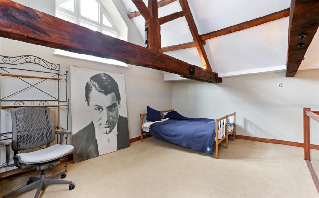 2 bedroom semi detached house to rent in stone berkeley gloucestershire gl13 gl13 - Mezzanine toren ...