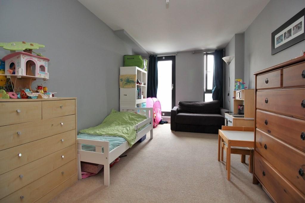 2 Bedroom Apartment For Sale In 140 Southwark Bridge Road London Se1 Se1