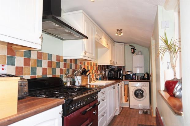 4 Bedroom Town House For Sale In Victoria Street Taunton
