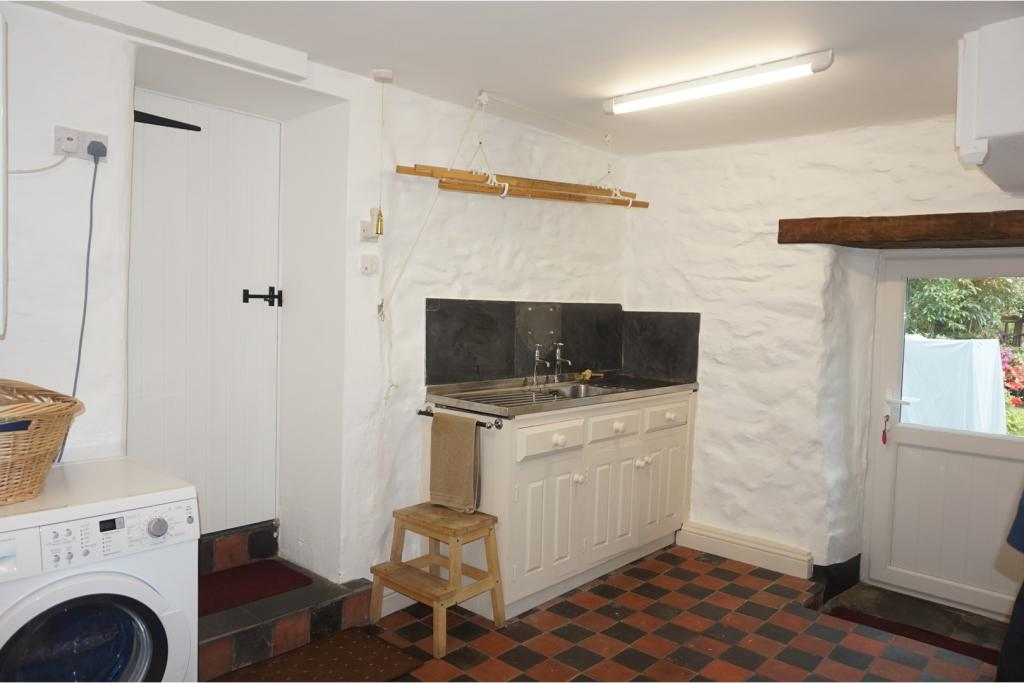 Cottage Utility Room