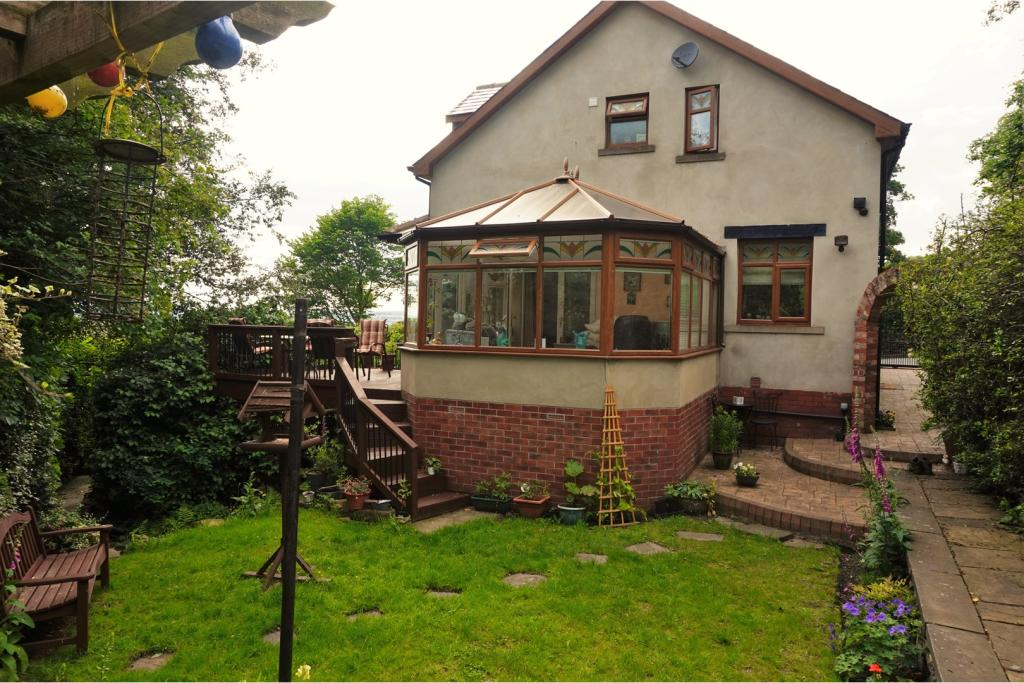 East Bierley Property For Sale