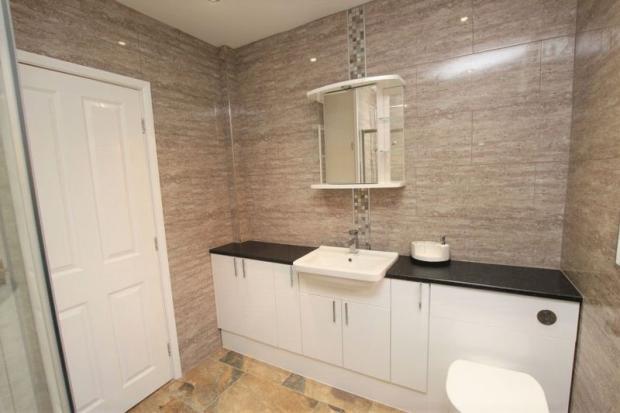 Shower room fr...