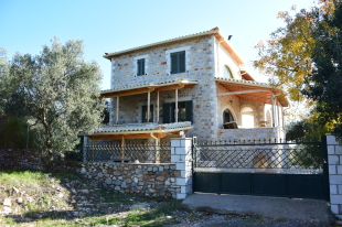 2 bedroom Detached home in Peloponnese, Stoupa
