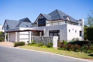 5 bedroom home in Franschhoek, Western Cape