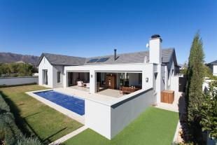3 bedroom house for sale in Paarl, Western Cape
