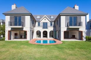 4 bed property for sale in Paarl, Western Cape