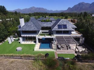 5 bedroom home in Western Cape, Franschhoek