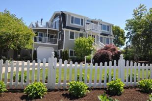 3 bedroom house for sale in Massachusetts...