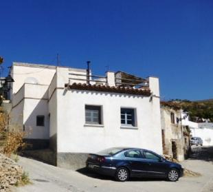 3 bed Town House in Rubite, Granada...