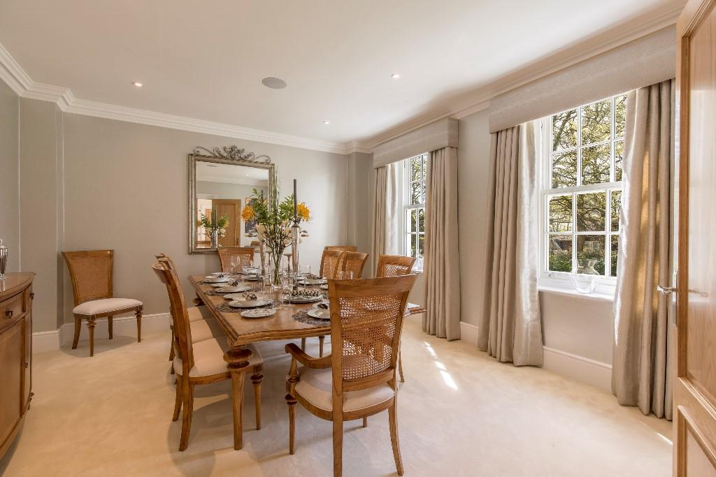 Ashgrove Homes,Dining room