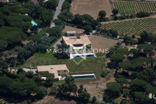 9 bedroom home in Saint-Tropez, 83990...