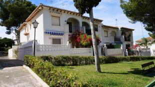 Apartment for sale in Los Balcones, Alicante...