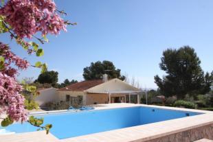 Villa for sale in Caudete, Alicante, Spain