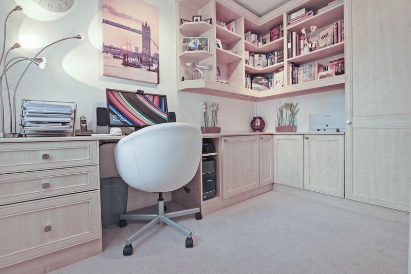 Office / Study...
