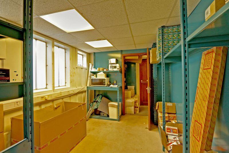 Office 4 / Sto...