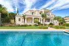 Detached house for sale in El Paraiso, Málaga...