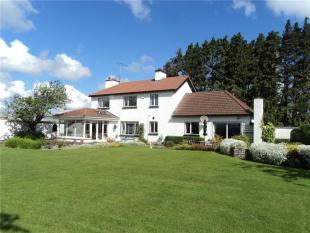 Cloncon Detached house for sale