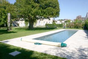 Character Property for sale in Chinon, Indre-et-Loire...