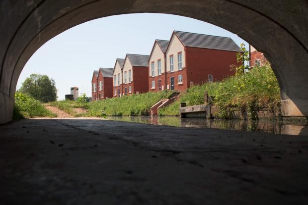 Under Moor Bridge