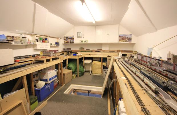 Loft / Hobbie Room