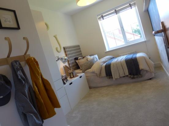 Show home bed 4
