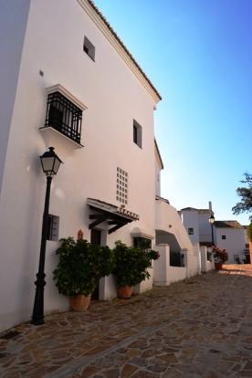 Pueblo Los Monteros