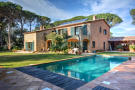 5 bed Country House for sale in Pals, Girona, Catalonia