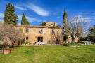 Country House for sale in Peratallada, Girona...