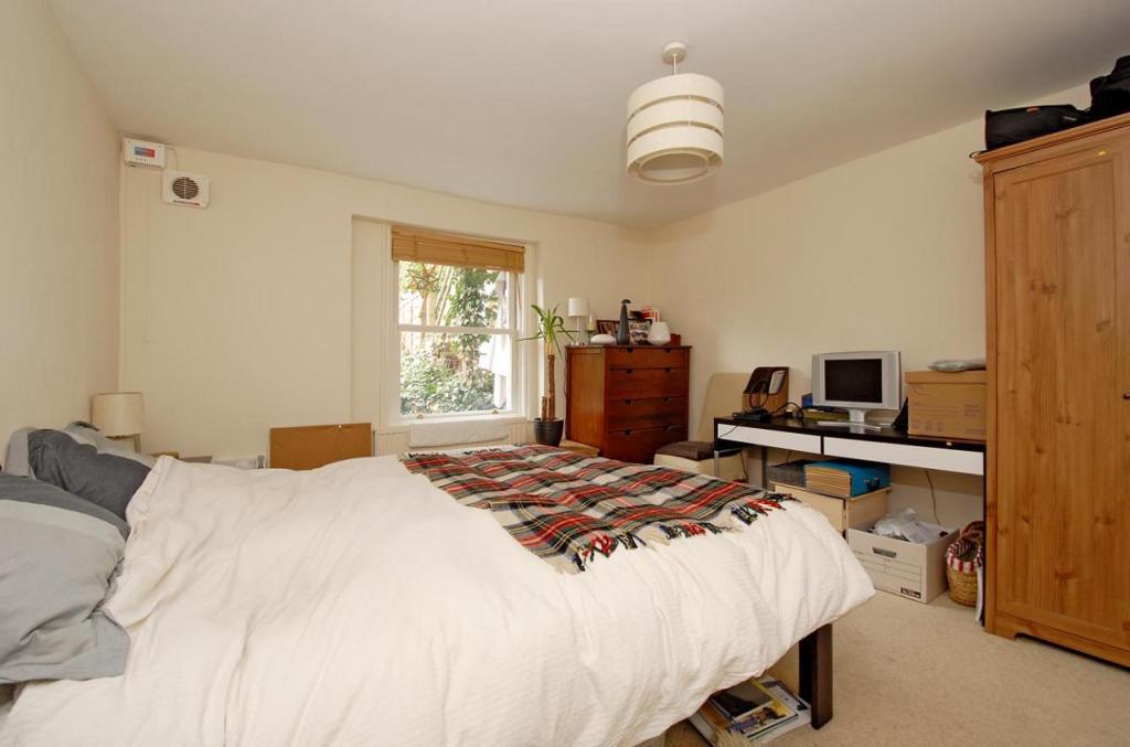 Bedroom niche