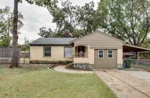 3 bedroom house for sale in Texas, Dallas County...