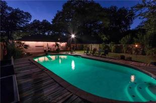 4 bedroom house for sale in Texas, Dallas County...