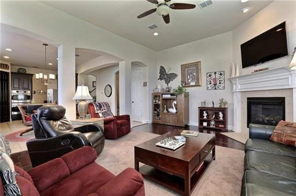 4 bedroom house for sale in texas dallas county irving usa for 46 bedroom texas mansion