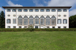25 bedroom Villa in Lucca, Lucca, Tuscany