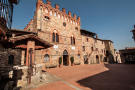 Castle for sale in Arezzo, Arezzo, Tuscany