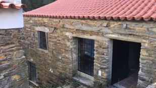 2 bed property in Oleiros, Beira Baixa