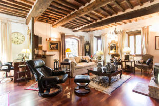 Bagni di Lucca Apartment for sale