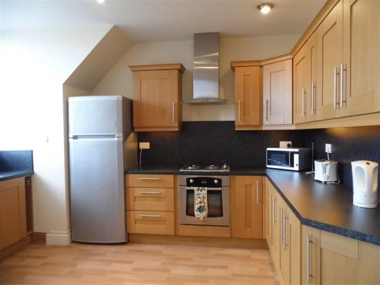 2 bedroom flat for sale in 29 braehead house kirkcaldy ky1 for Dining room kirkcaldy