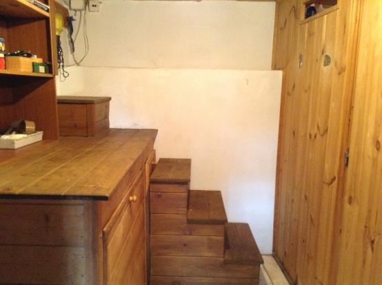 steps to attic loft