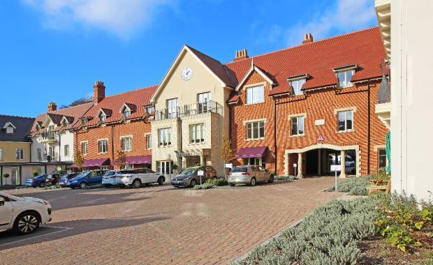 Oakleigh Square