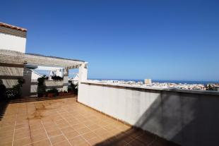 3 bedroom Penthouse for sale in Estepona, M�laga...