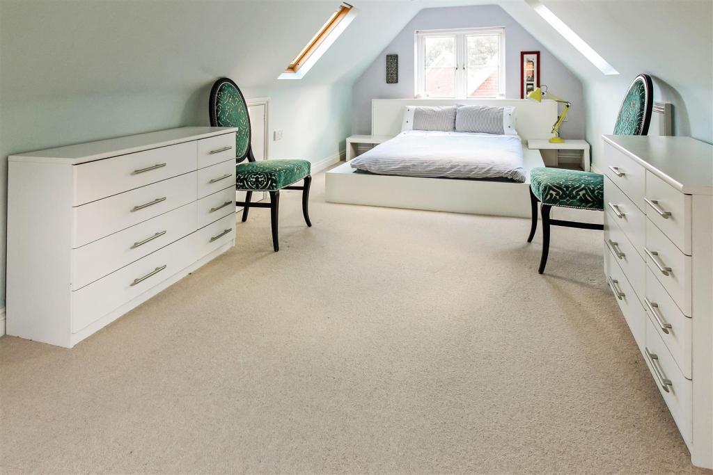 attic_room_dp_257087