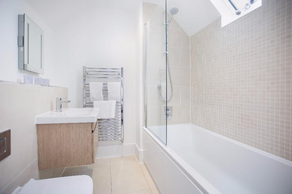 Pennyfarthing Homes,Bathroom