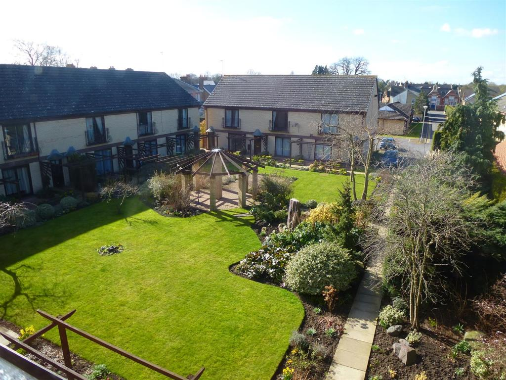 Vinery Court 34 view