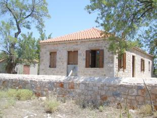 Cottage for sale in Leonidi, Arcadia...