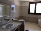 2° floor bathroom #2