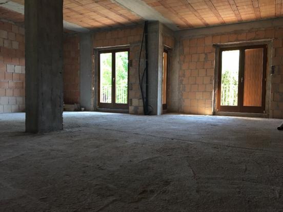 1° floor apartment