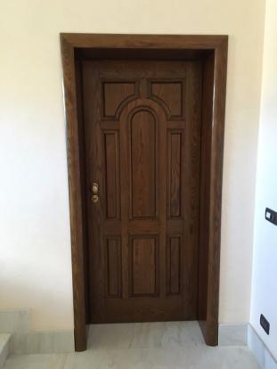 2° floor door (ext)