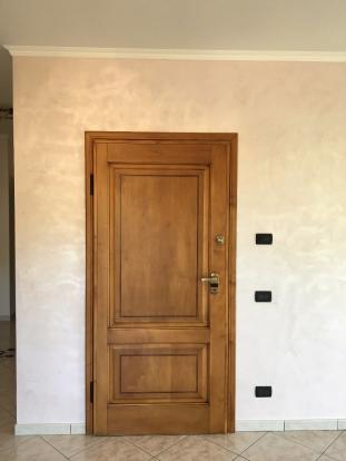 2° floor door (int)