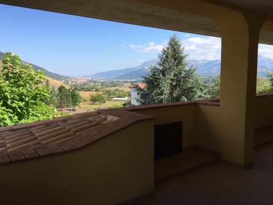 2° fl. terrace view