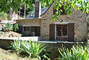 4 bed property for sale in La Canourgue, Lozère...